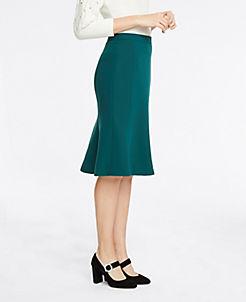 앤테일러 Ann Taylor Seamed Flare Skirt,Endearing Green