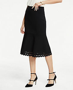 앤테일러 Ann Taylor Laser Cut Flounce Sweater Skirt,Black
