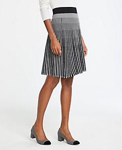앤테일러 Ann Taylor Stitched Sweater Skirt,Black