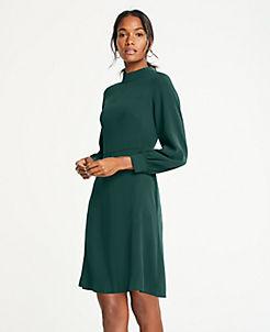 앤테일러 원피스 Ann Taylor Mock Neck Flare Dress,Endearing Green
