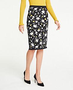 앤테일러 Ann Taylor Floral Sweater Pencil Skirt,Black