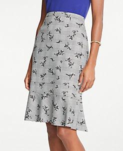 앤테일러 Ann Taylor Petite Plaid Floral Flounce Pencil Skirt,Black Multi