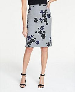 앤테일러 Ann Taylor Petite Floral Flounce Back Pencil Skirt,Grey Multi