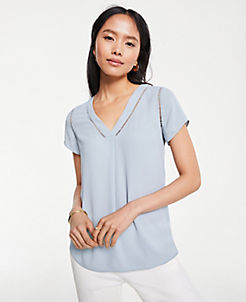 앤테일러 Ann Taylor Cutout Mixed Media Top,Blue Glaze