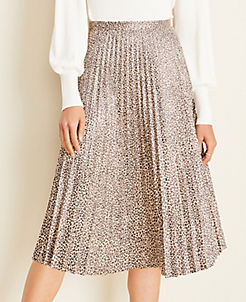 앤테일러 Ann Taylor Animal Print Faux Suede Pleated Midi Skirt,Oyster Bay