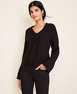 앤테일러 Ann Taylor V-Neck Cable Sweater,Black