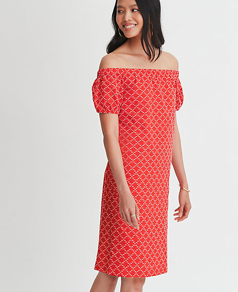 Petite Geo Clip Off The Shoulder Shift Dress
