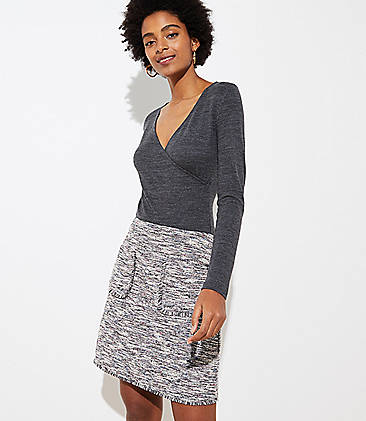 로프트 LOFT Boucle Pocket Shift Skirt,Black