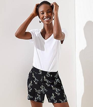로프트 LOFT Floral Flare Shorts,Black
