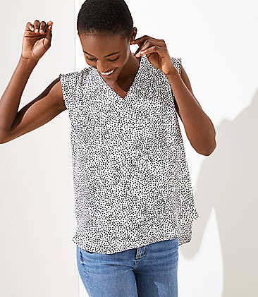 로프트 LOFT Dotted V-Neck Flutter Shell,Whisper White
