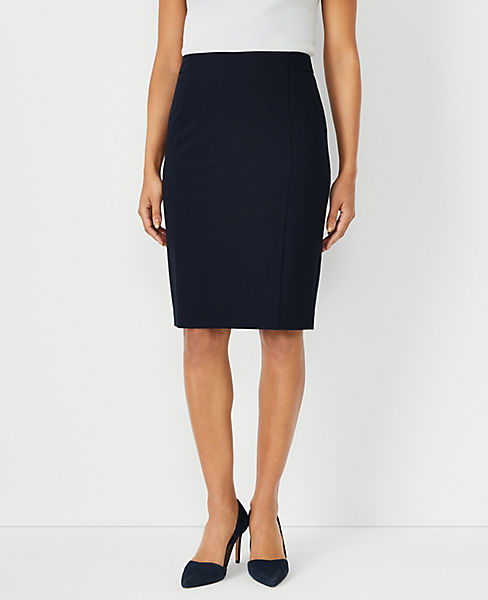 9d7f6f348 Petite Seasonless Stretch Seamed Pencil Skirt | Ann Taylor