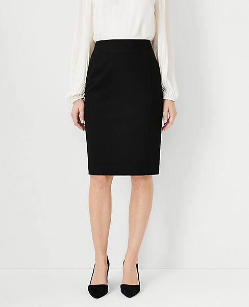 Petite Seasonless Stretch Seamed Pencil Skirt