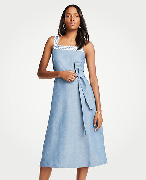 Petite Wavy Trim Chambray Midi Dress