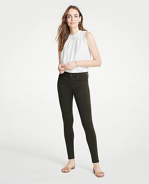 Petite Modern Skinny Jeans in Sateen