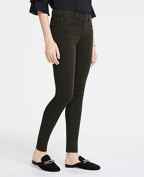 Petite Curvy Skinny Jeans in Sateen