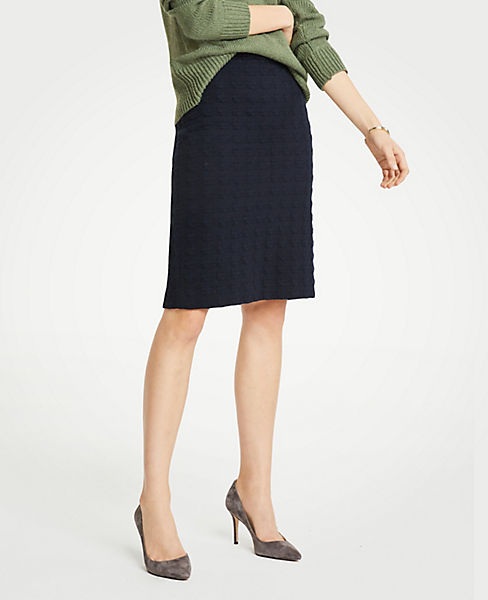 Petite Houndstooth Pencil Skirt