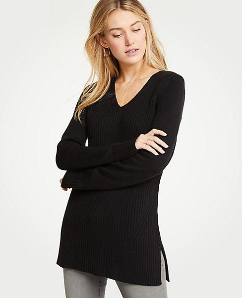 Petite Ribbed V-Neck Tunic Sweater