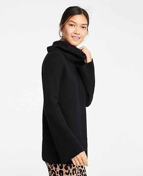 Petite Flare Sleeve Turtleneck Tunic Sweater