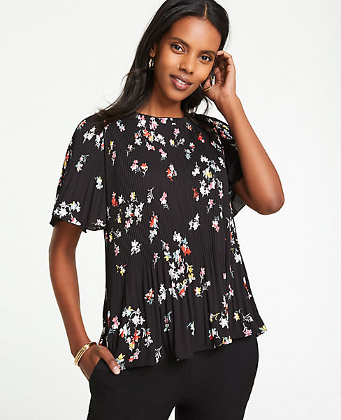 Petite Meadow Floral Pleated Top