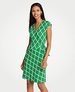 03b73a1559e8 Green Stylish Petite Dresses: Wrap & Sweater Dresses | ANN TAYLOR