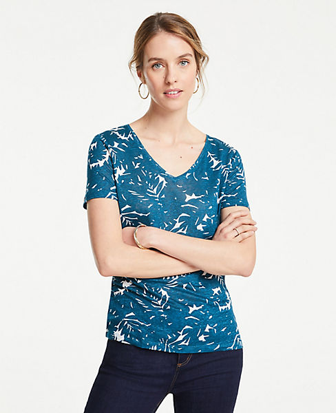 Petite Midnight Jungle Linen V-Neck Tee