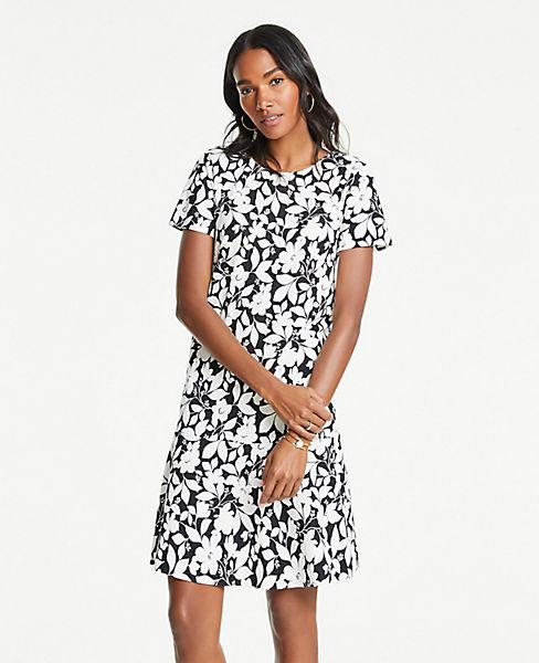 Petite Garden Flounce Shift Dress