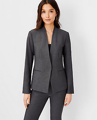 Sophisticated, sleek suiting in luxurious four-way stretch fabric designed to move with you. It\'s the polished comfort you want every day. Stand collar. Long button-open sleeves allow for versatility in styling. One button front. Front besom pockets. Back vent. Lined.