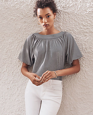 With voluminous bubble sleeves and a softly shirred silhouette, our striped top breezes through the season. Boatneck with shirring beneath. Short raglan sleeves with elasticized cuffs. Ann Taylor Striped Bubble Sleeve Top