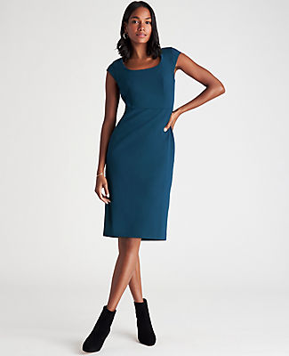 ANN TAYLOR THE TALL SCOOP NECK DRESS IN BI-STRETCH