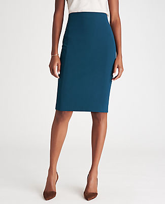 Ann Taylor Pencil skirts THE PETITE SEAMED PENCIL SKIRT IN BI-STRETCH