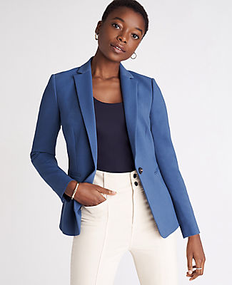 In timeless crosshatch, our refined blazer is ready for whatever\\\'s on your agenda. Notched lapel. Long button-open sleeves allow for versatility in styling. One-button front. Front besom pockets. Back vent. Lined. Ann Taylor The Hutton Blazer in Crosshatch