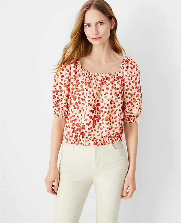 Berry Bunches Puff Sleeve Cropped Top