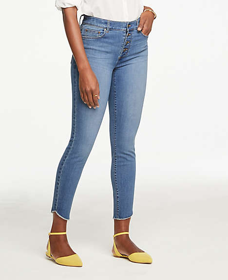 ee6cd9a12e Frayed High Waist Jeans in Bright Medium Stonewash