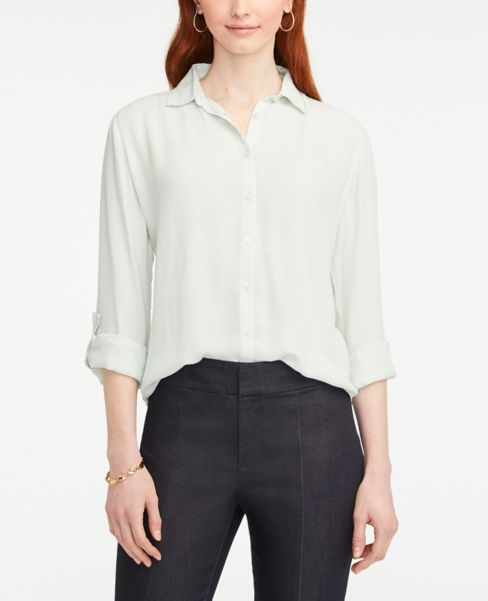 Ann Taylor Lightweight Button Down Shirt