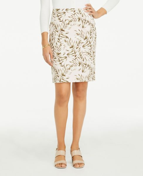 Ann Taylor Petite Leafed Pencil Skirt