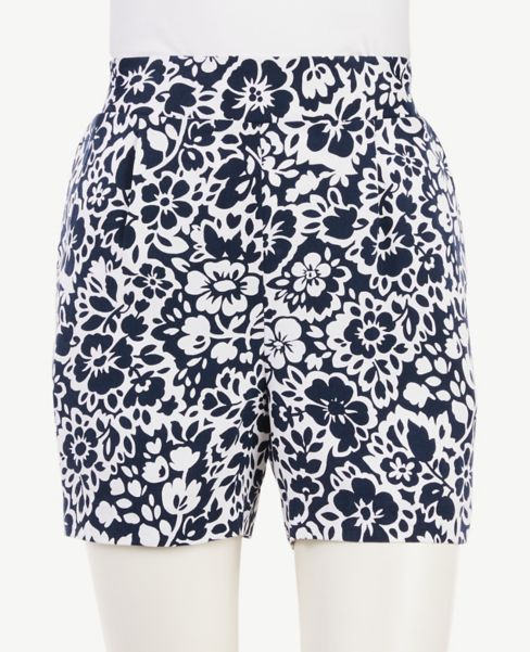 Ann Taylor Floral Pull On Shorts
