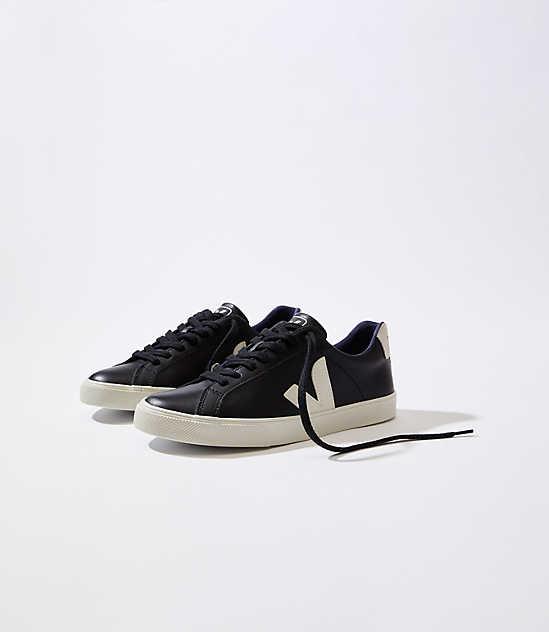 5c6d66887c3eb5 Veja Esplar Leather Black Pierre