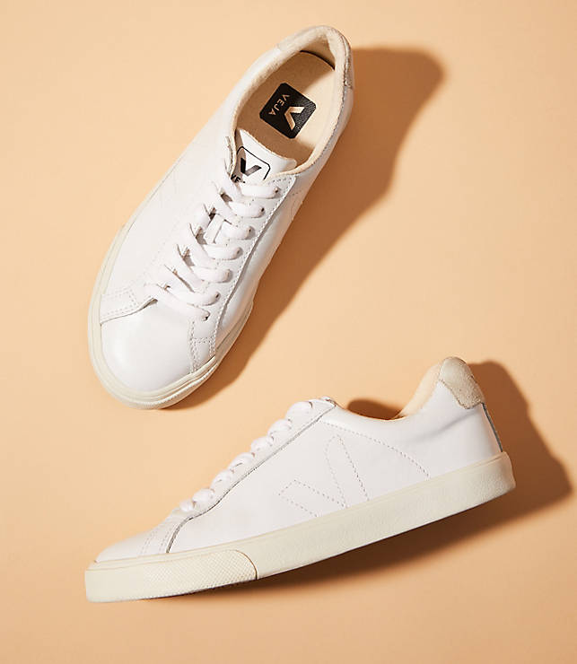 8a9c65ccf55 Veja Esplar Leather Extra White Pierre Natural Puxador