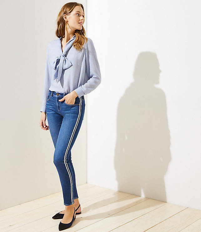 Petite Modern Side Stripe Slim Pocket Skinny Jeans in Vintage Mid Indigo Wash