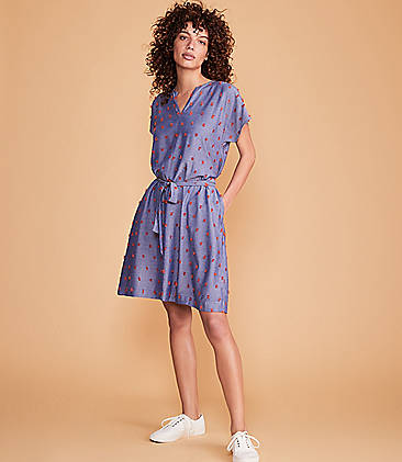 09ad5e403b ... 98 Lou   Grey Sunset Fringe Chambray Pocket Dress