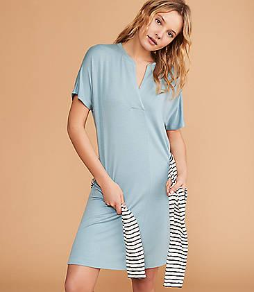 ff0200eb508 Lou & Grey Signaturesoft Split Neck Dress