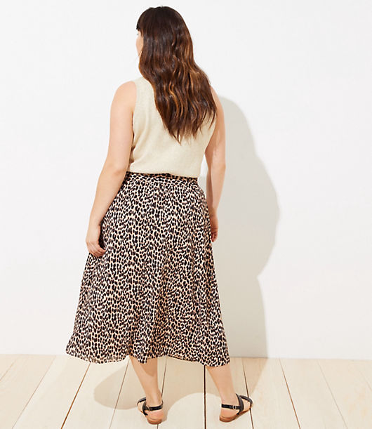 00c8576af0 Image 3 of 3 - LOFT Plus Leopard Print Smocked Pull On Maxi Skirt