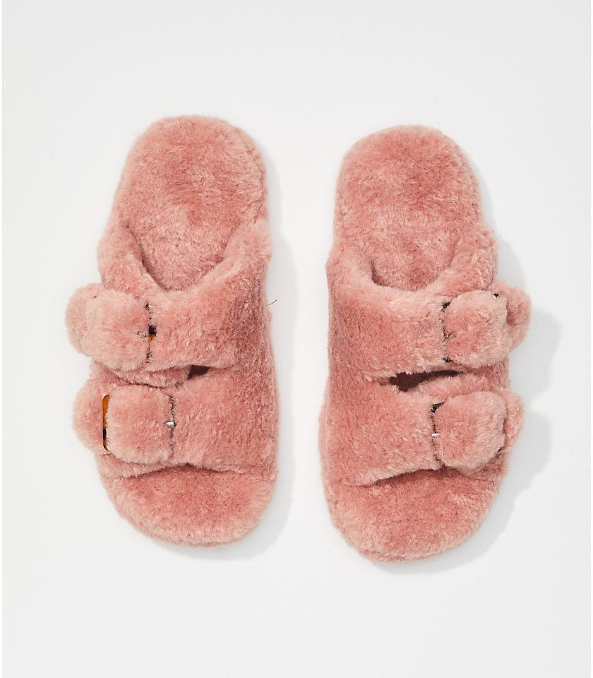 로프트 LOFT Faux Fur Buckle Slippers,Soft Blush