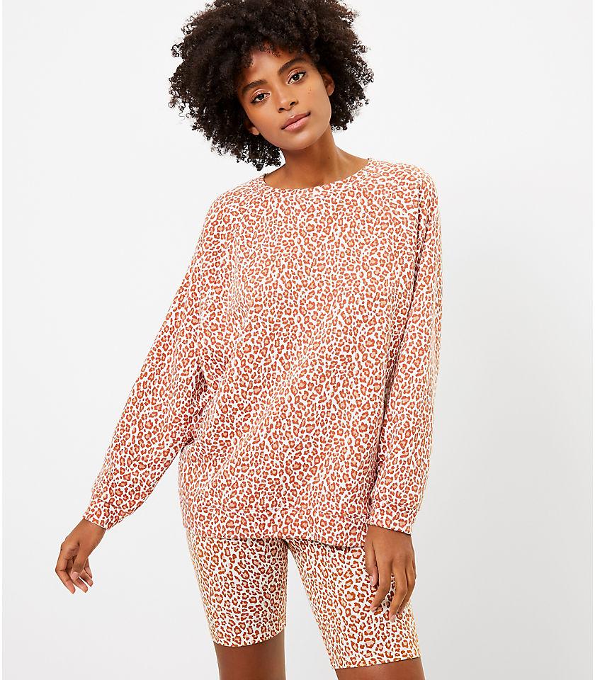 로프트 LOFT Lou & Grey Leopard Print Oversized Terry Sweatshirt,Sweet Caramel