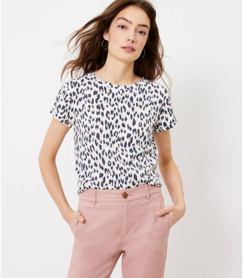로프트 LOFT Leopard Print Everyday Crew Tee,Whisper White