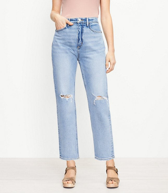 The 90s Straight Jean in Light Authentic Indigo Wash | LOFT