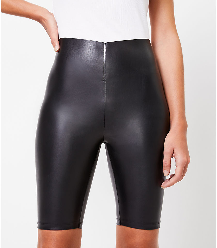 로프트 LOFT The Sculpt Bike Short in Faux Leather,Black