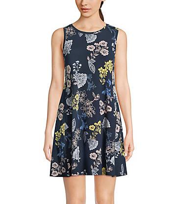 6557b92f157 Floral Swing Dress